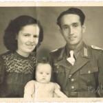 1944 mit meinem Opa August und meiner Mama