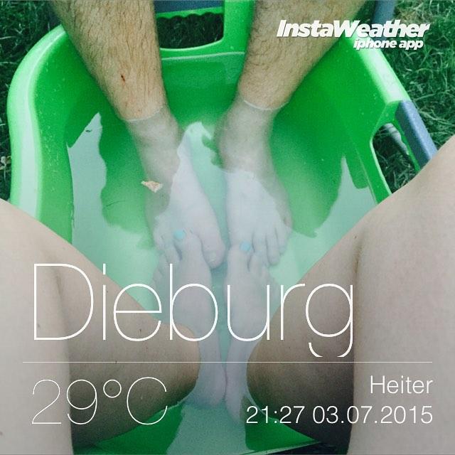 Abenderfrischung im Pool ^^ #wetter #sommer #schatzi #Garten