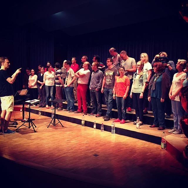 Gestern Abend Generalprobe- heute Konzert *freu* #confuegodieburg #popchor #liebeundsonquatsch #64839 #kulturhalle #aufgeregt #ichfreumich #kommtalle #esgibtnochkarten